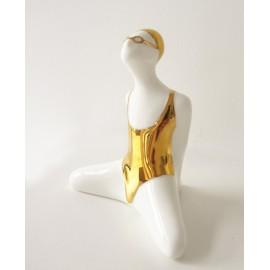 Porcelanowa figurka pływaczki