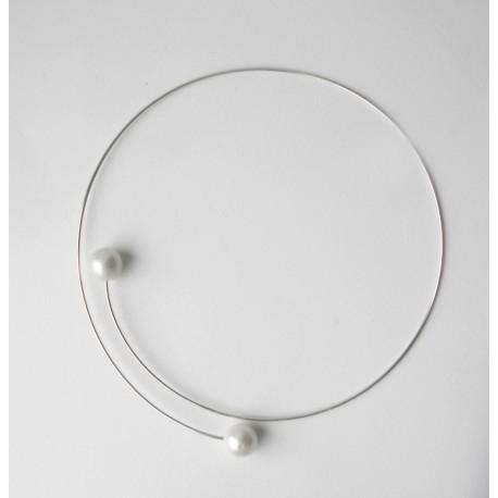 Nazyjnik srebrny z perłami